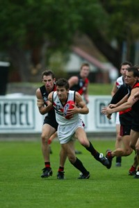 Shippy playing for Frankston