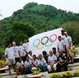 Chuuk participants -Youth Educators Promoting Olympic Values with workshop coordinator Lestly Ashby.