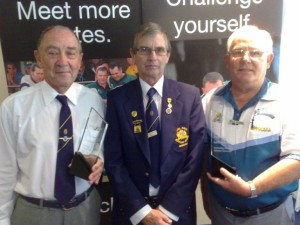 (L to R) Jim McCreadie (Wamberal), Des Skinner President Bowls Australia & Geoff Graham (Bateau Bay) at the 2012 RNSWBA Volunteer Awards