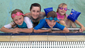 The Hart Family chillaxin in the pool at sign on